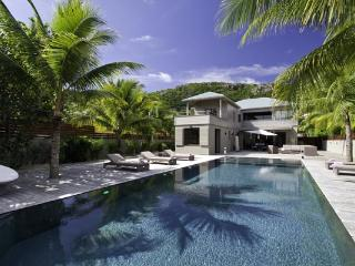 Spacious and comfortable villa close to Anse des Cayes Beach WV VLK - Anse Des Cayes vacation rentals