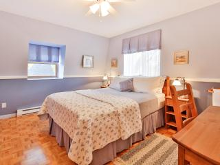 Rent 4 stars house in Montreal for memorable stay - Montreal vacation rentals