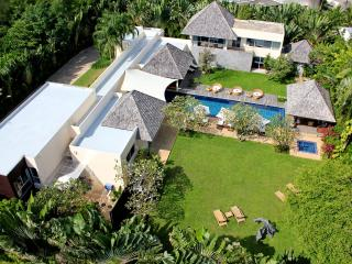 Villa Samakee - Awesome Luxury Pool Villa Phuket - Layan Beach vacation rentals