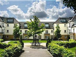 5* THE PENTHOUSE, EDINBURGH ( HOPETOUN STREET ) - Aberdour vacation rentals