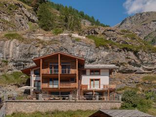 Chalet Ibron Mountain Exposure Zermatt - independent freestanding, sauna - Zermatt vacation rentals