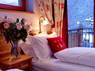 Mountain Exposure - Chalet Pollux - close to Matterhorn Express station - Zermatt vacation rentals