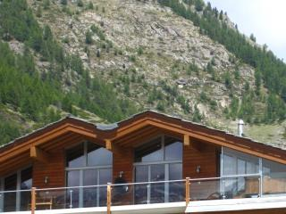 The Zermatt Lodge Mountain Exposure - Large Penthouse, Matterhorn View, Sauna - Zermatt vacation rentals