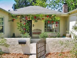 Casa Alta Napa Vacation Rental Front Entry - Casa Alta with Hot Tub ~ Walk to Oxbow & Town! - Napa - rentals