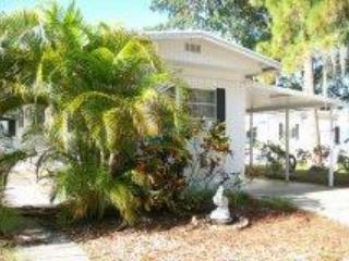 Clean and Comfortable in Bradenton, FL - BRADENTON-RESERVE NOW - Bradenton - rentals