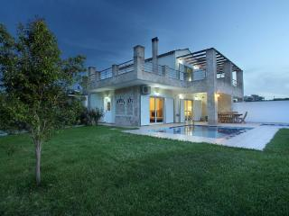 Beautiful 2 bedroom Villa in Chania with A/C - Chania vacation rentals