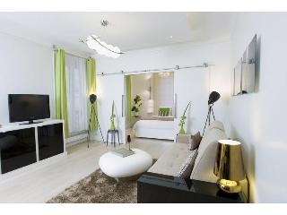 1 Bedroom Rental at Coeur Prestige Suite in Paris - Paris vacation rentals