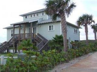 Fabulous beachfront home! 4 bedroom 3 bath home with ocean views! - Texas Gulf Coast Region vacation rentals