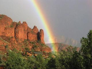 Sedona Cliff House - Clean & Contemporary - Sedona vacation rentals