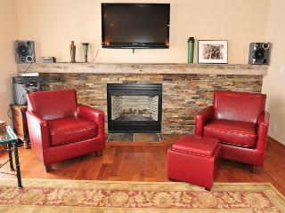 Racquet Club 110 -Gourmet's delight- Remodeled! - Park City vacation rentals