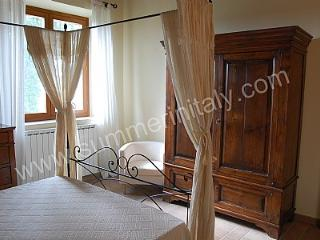 Bright 5 bedroom House in Todi with Deck - Todi vacation rentals