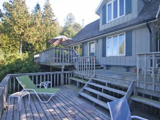 Comfortable 3 bedroom Cottage in Tobermory - Tobermory vacation rentals
