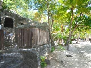 Moonhole Beach House - Bequia - Moonhole vacation rentals