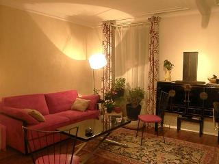 Fabulous 1BR close to Sacré Coeur-Montmartre #653 - Paris vacation rentals