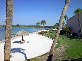 12 steps to the Beach; Florida Sun Coast Condo - Saint Petersburg vacation rentals