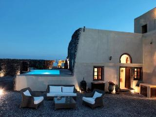 Mansion Kyani-Santorini-Private Pool & Car - Megalochori vacation rentals