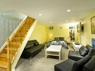 Duplex: 2 Bedroom for 1 to 8 Guests - New York City vacation rentals