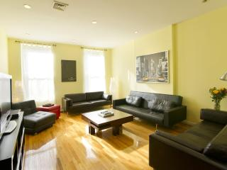 Duplex: 3 Bedroom for 1 to 10 Guests - New York City vacation rentals