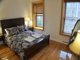 Modern: 1 Bedroom for 1 to 6 Guest - New York City vacation rentals