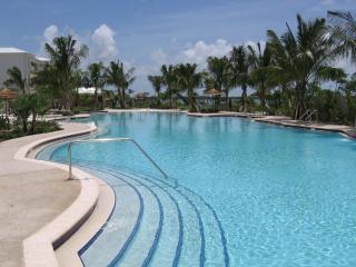 3 Bed 3.5 Bath Rock Harbor Villa -  W/Free WiFi - Key Largo vacation rentals