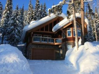 Grizzly Chalet - Golden vacation rentals