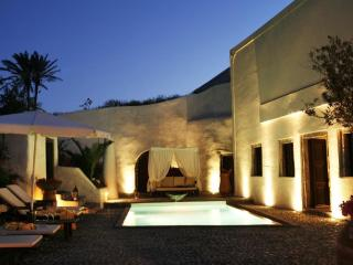 Mansion Sophia in Santorini- Car & Private Transfer included - Megalochori vacation rentals