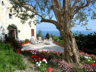Villa Paradiso San Pietro - luxury seaview-villa with garden - Amalfi vacation rentals