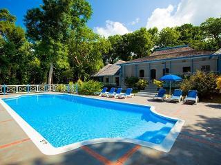 Spacious 4 bedroom Vacation Rental in Tower Isle - Tower Isle vacation rentals