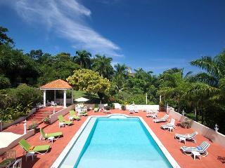 Comfortable 9 bedroom Villa in Saint James Parish with Internet Access - Saint James Parish vacation rentals