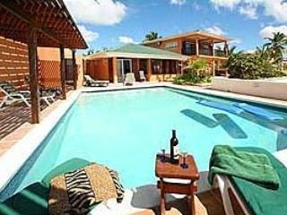 Coral Breeze - STM - Burgeaux Bay vacation rentals