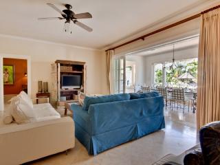 3 bedroom Villa with Ceiling Fans in Speightstown - Speightstown vacation rentals
