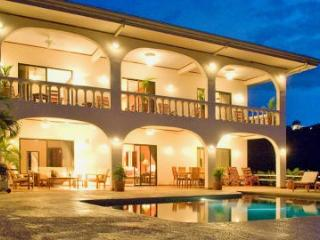 4 bedroom Villa with Television in Playa Ocotal - Playa Ocotal vacation rentals