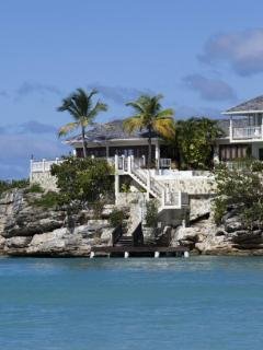 Spacious Villa with Internet Access and Ceiling Fans - Dickenson Bay vacation rentals