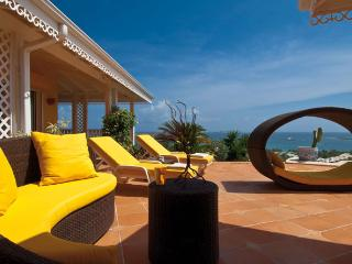 4 bedroom Villa with Internet Access in Hillside - Hillside vacation rentals