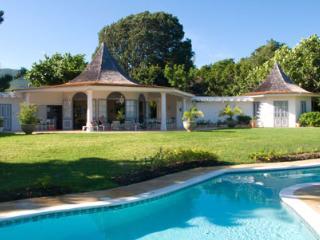 Gorgeous 6 bedroom Villa in Saint James Parish - Saint James Parish vacation rentals