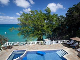 Perfect 10 bedroom Villa in Tower Isle - Tower Isle vacation rentals