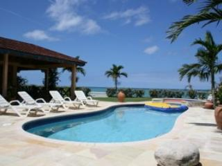 Charming Villa with Television and DVD Player - Runaway Bay vacation rentals