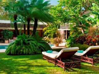 Gorgeous Villa with Internet Access and Dishwasher - Mullins Beach vacation rentals
