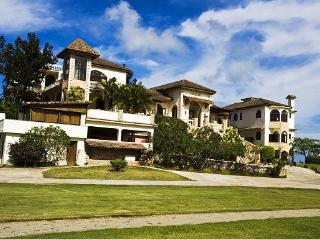 Golden Dolphin - Cabrera vacation rentals