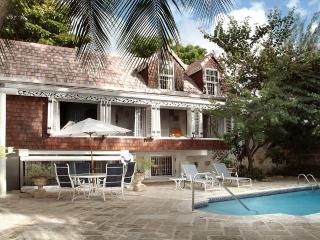 Comfortable Villa with Television and Washing Machine - Gibbes vacation rentals