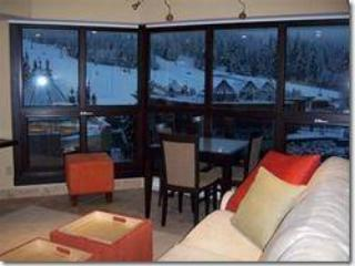 Le Chamois Ski in SKi out - Whistler vacation rentals