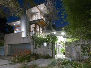 Museum Quality Architecture - Santa Monica vacation rentals