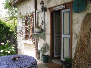 GRAPEVINE COTTAGE Romantic Retreat KALKAN Islamlar - Turkish Mediterranean Coast vacation rentals