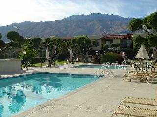 Sunny Palm Springs Desert Getaway - 3 Bed/2 Bath - Palm Springs vacation rentals