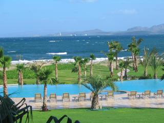 2 bedroom Condo with Internet Access in La Paz - La Paz vacation rentals