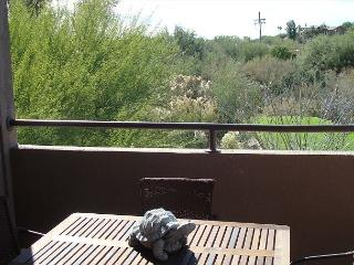 Southwest colors burst in this 1 Bedrm/Den with golf course views! - Tucson vacation rentals