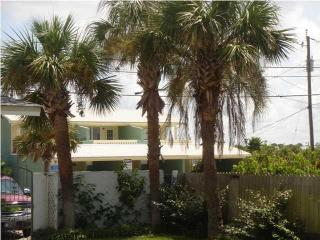 Ocean Oasis 3 Bedroom House beach@front door+WiFi - Panama City Beach vacation rentals