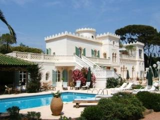 Villa Paradis Estate Luxury villa French Riviera - Saint Raphaël vacation rentals