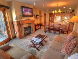 Keystone 2 Bedroom/2 Bathroom House (8854 The Springs *2 bd 2 bth 100 yards to Gondola) - Keystone vacation rentals