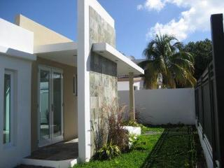 Modern Home By the Beach in San Juan, 3 bd/ 2 ba - San Juan vacation rentals